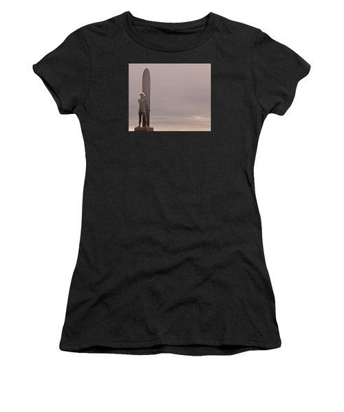 Santa Cruz Santa Surfer  Women's T-Shirt