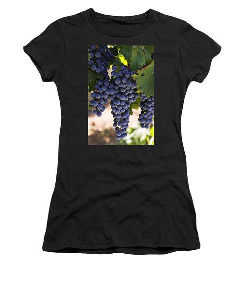 Sauvignon Grapes Women's T-Shirt