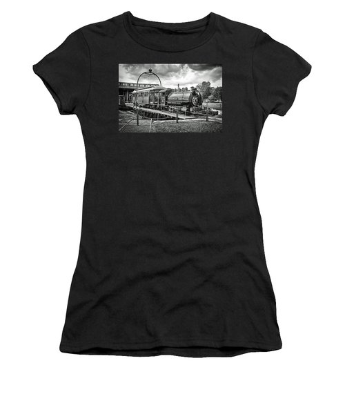 Savannah Central Steam Engine On Turn Table Women's T-Shirt