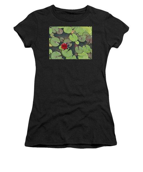 Scarlet Waterlily Women's T-Shirt