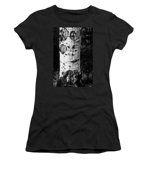 Scarred Old Aspen Tree Trunk In Colorado Forest Women's T-Shirt