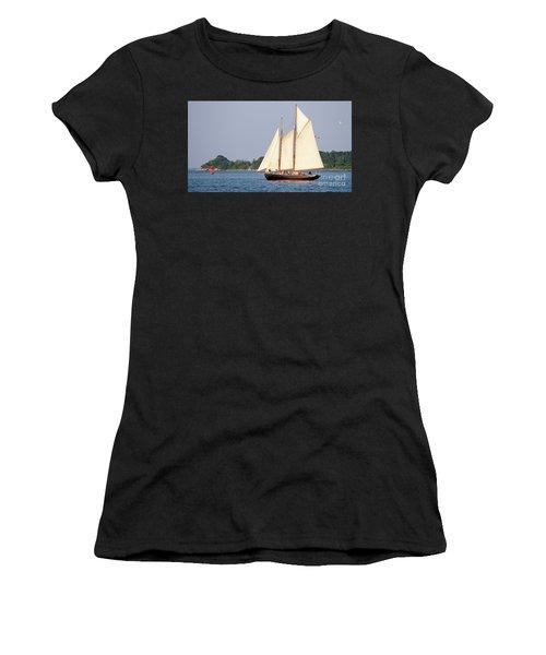 Schooner Cruise, Casco Bay, South Portland, Maine  -86696 Women's T-Shirt