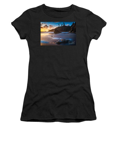 Second Beach Sunset Women's T-Shirt (Athletic Fit)