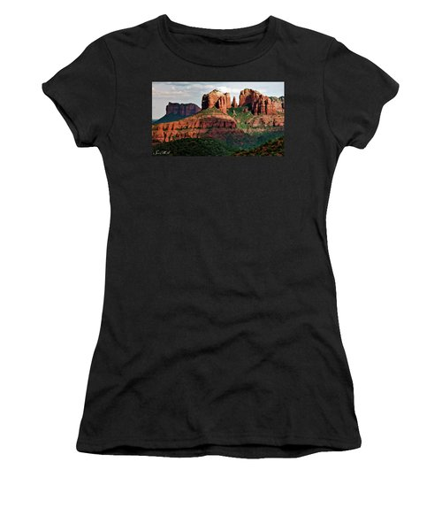 Sed Misc 3042 Cathedral Women's T-Shirt