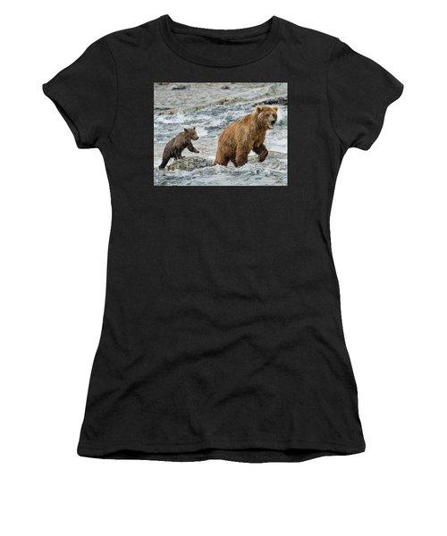 Sensing Danger Women's T-Shirt