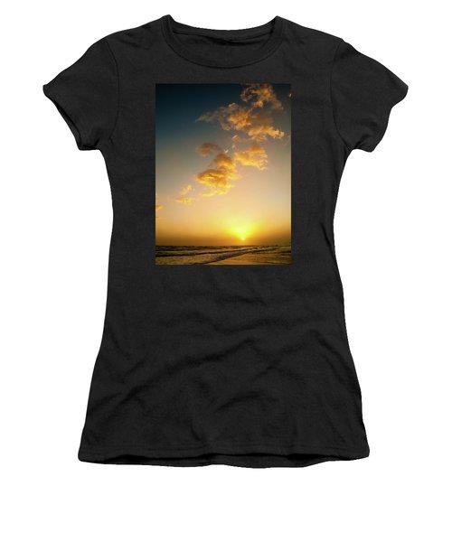 Setting Sun Women's T-Shirt (Athletic Fit)