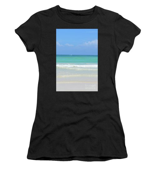 Seychelles Islands 3 Women's T-Shirt (Athletic Fit)