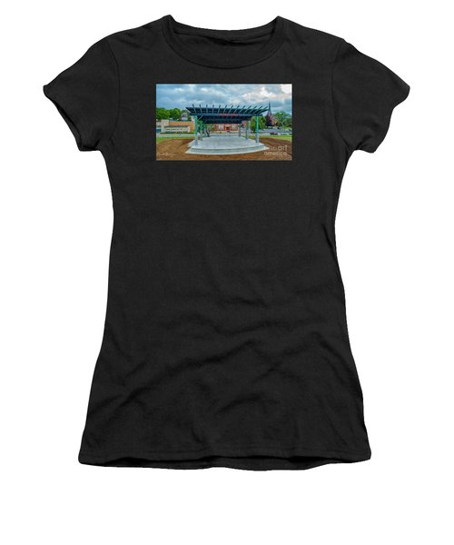 Shaboo Stage  Women's T-Shirt