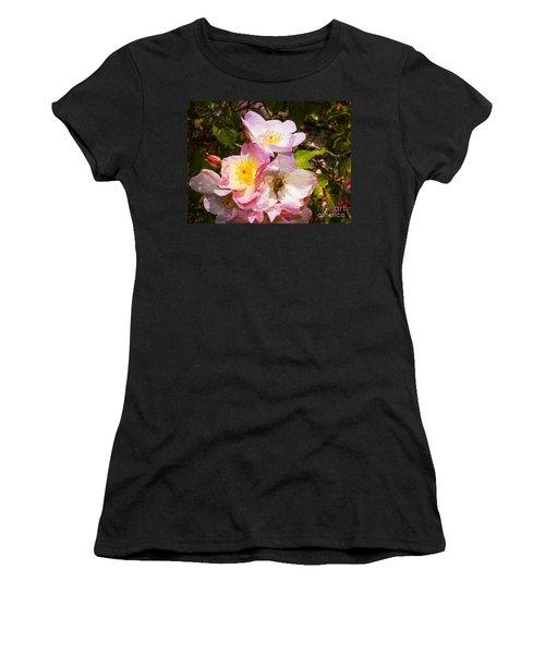 Shakespeares Summer Roses Women's T-Shirt