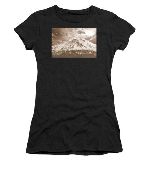 Shasta Mt Women's T-Shirt (Athletic Fit)
