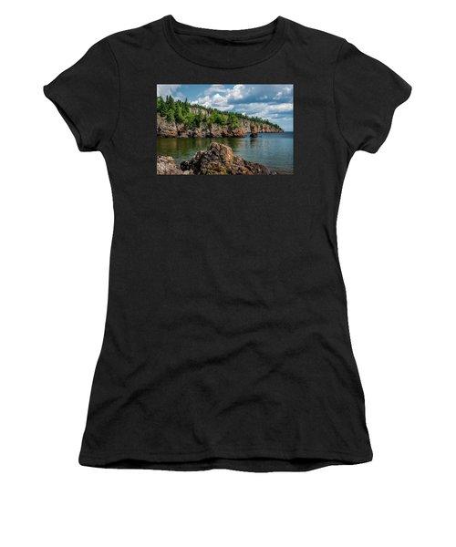 Shovel Point  Women's T-Shirt