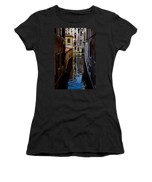 Side Canal Women's T-Shirt