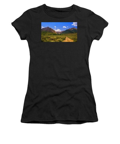Sierra Mountains - Mammoth Lakes, California Women's T-Shirt