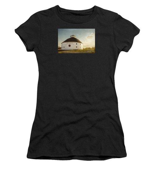 Singleton Round Barn Women's T-Shirt (Athletic Fit)