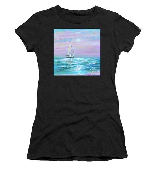 Slight Wind Women's T-Shirt