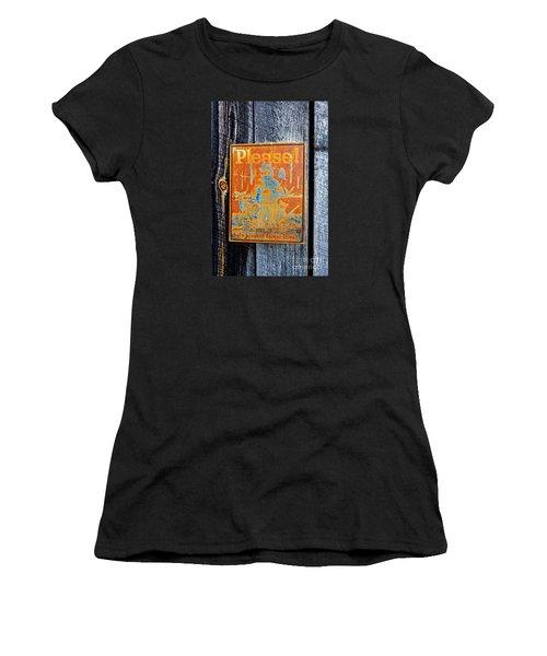 Women's T-Shirt (Junior Cut) featuring the photograph Smokey The Bear by Paul Mashburn