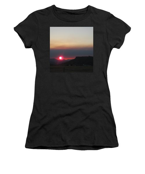 Women's T-Shirt (Junior Cut) featuring the photograph Smoky Sunset Near Table Rock by Marie Neder