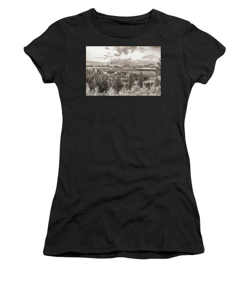 Snake River Overlook Grand Teton Women's T-Shirt (Athletic Fit)