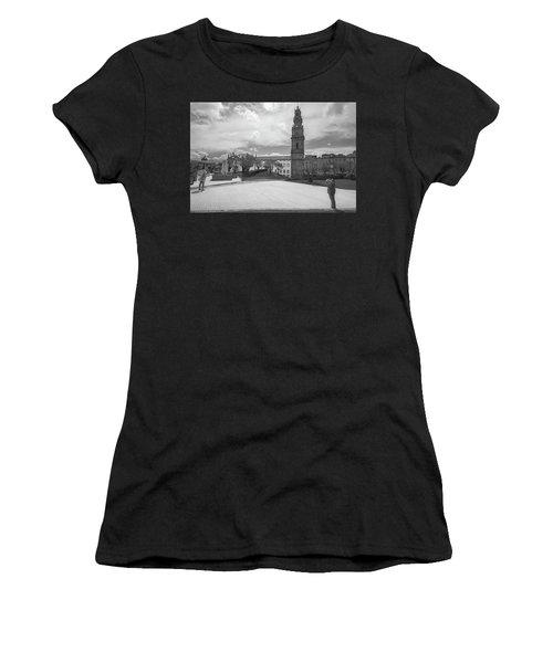 Snap 2 Women's T-Shirt