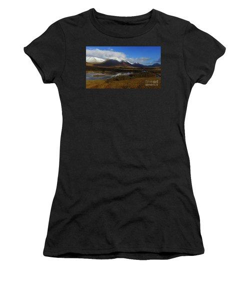 Snow Cap Mountains Women's T-Shirt (Athletic Fit)