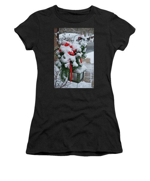 Snow Latern Women's T-Shirt