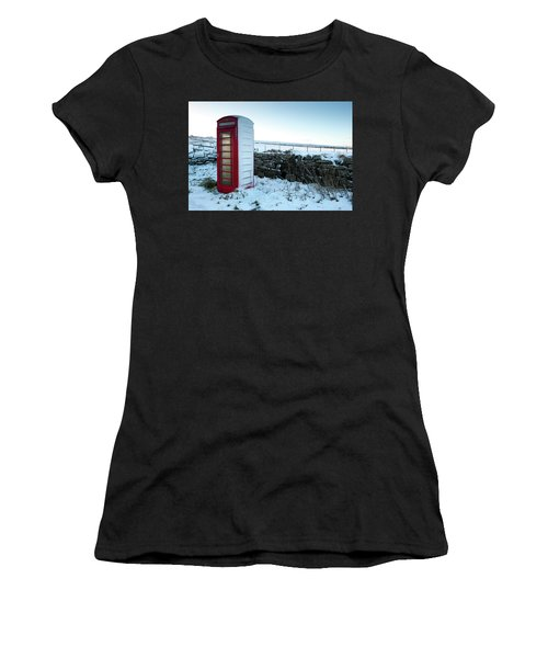 Snowy Telephone Box Women's T-Shirt (Athletic Fit)