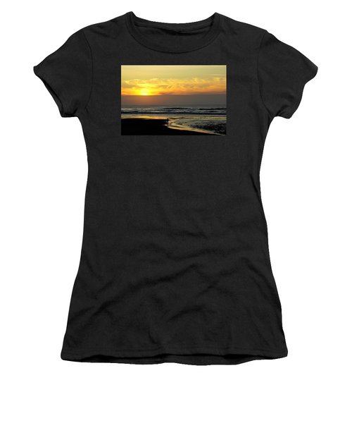 Solo Sunset On The Beach Women's T-Shirt