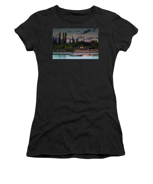 South Pacific Moonrise Women's T-Shirt
