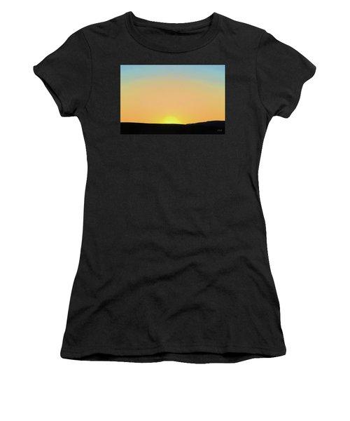 Women's T-Shirt featuring the photograph Southwestern Sunset by David Gordon