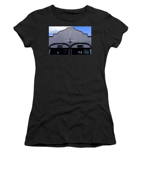 Spanish Architecture Photo In Saint Augustine Florida Women's T-Shirt