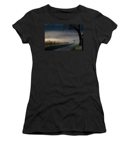 Sparks Lane Sunrise Lr3 Edition Women's T-Shirt (Athletic Fit)