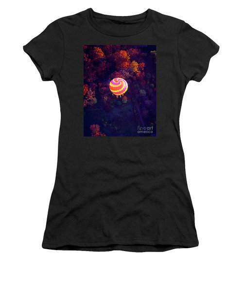 Spiral Colored Hot Air Balloon Over Fall Tree Tops Mchenry   Women's T-Shirt