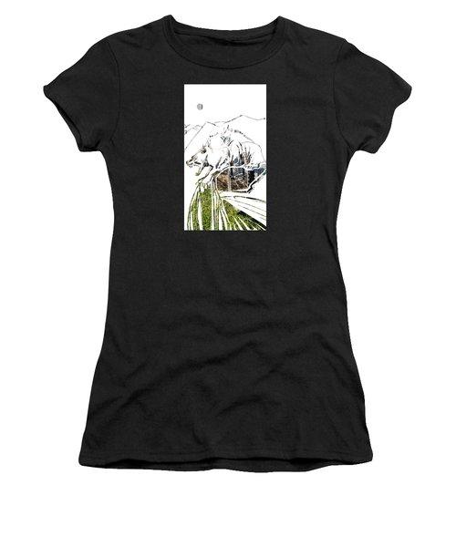 Spirit Animal . Wolverine Women's T-Shirt (Athletic Fit)