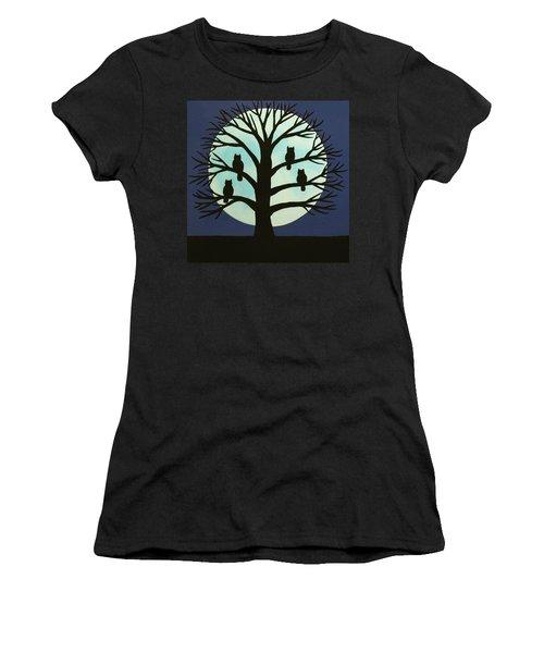Spooky Owl Tree Women's T-Shirt (Athletic Fit)