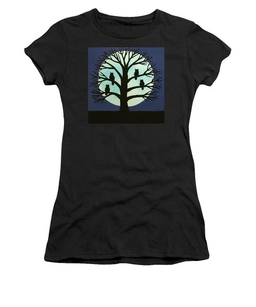 Spooky Owl Tree Women's T-Shirt (Athletic Fit)