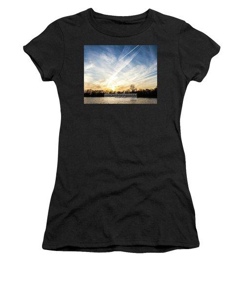 Spraying The Skies  Women's T-Shirt