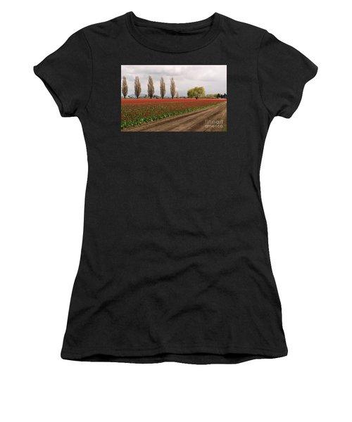 Spring Red Tulip Field Landscape Art Prints Women's T-Shirt