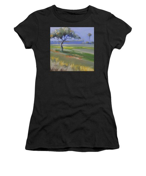 St. Augustine Spanish Castillo Women's T-Shirt (Athletic Fit)
