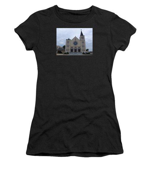 St Pius X Catholic Church Women's T-Shirt (Athletic Fit)