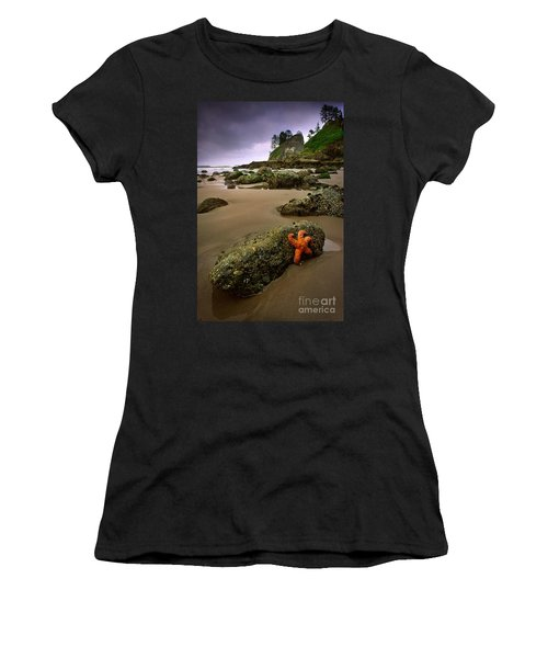 Starfish On The Rocks Women's T-Shirt (Athletic Fit)