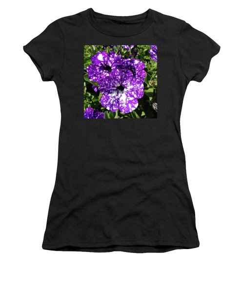 Starry Petunias... Women's T-Shirt