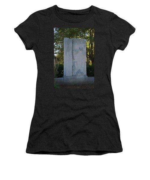 Statue Women's T-Shirt