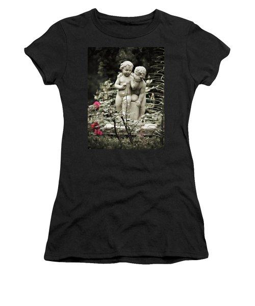 Statue Of Love Women's T-Shirt