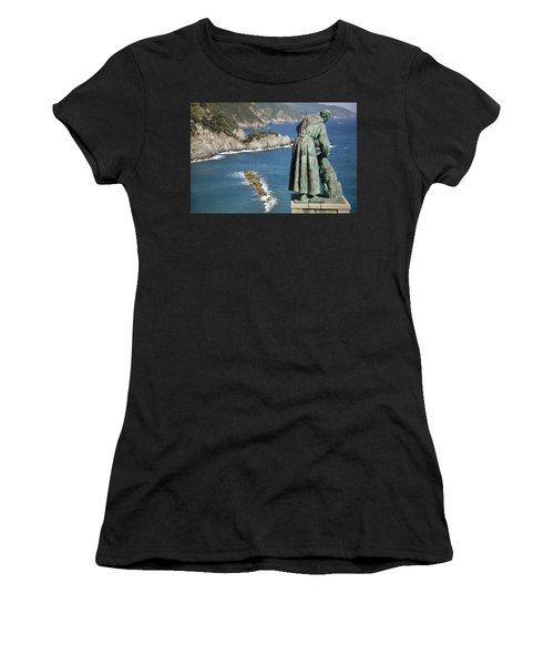 Statue Of Saint Francis Of Assisi Petting A Dog  Women's T-Shirt (Athletic Fit)