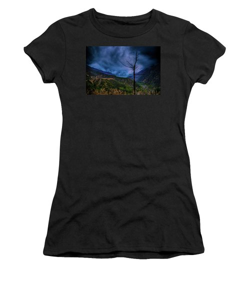 Still I Rise Women's T-Shirt (Athletic Fit)
