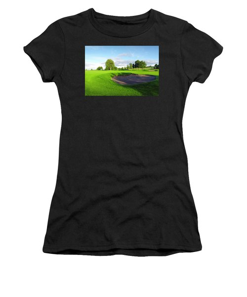 Stirling Golf Club 10th Women's T-Shirt (Athletic Fit)