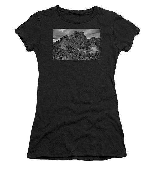 Stormy Skies Over Smith Rock - Black And White Women's T-Shirt