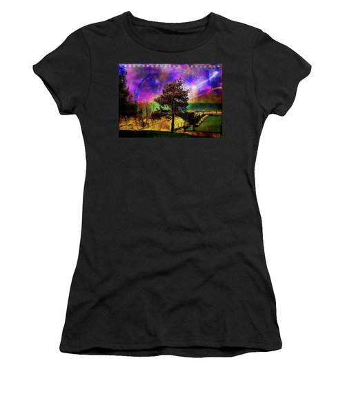 Women's T-Shirt featuring the digital art Sturgeon Point by Richard Ricci