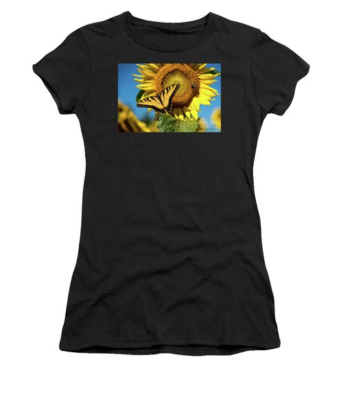 Summer Friends Women's T-Shirt (Athletic Fit)