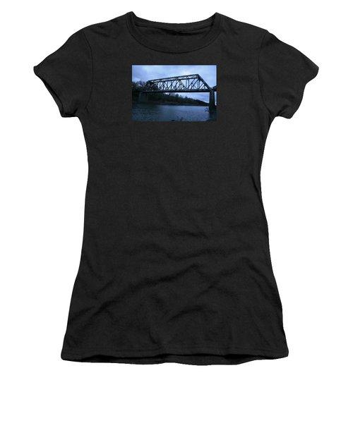 Sumner Missouri Women's T-Shirt (Athletic Fit)